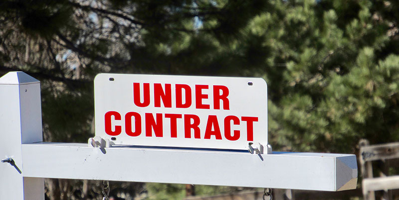 Sell Mobile Home - Under contract Sign